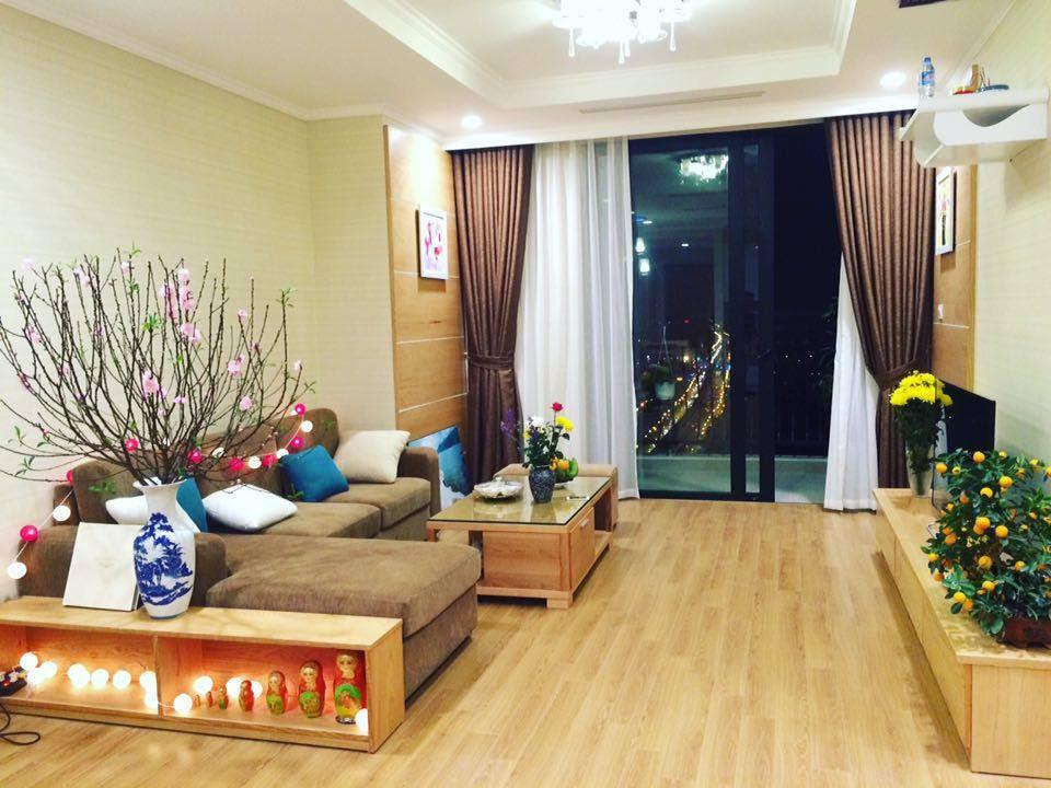 Corner 3 Bedroom apartment for rent at R6 Royal City, Hanoi